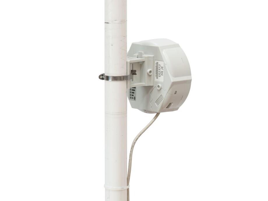 Mikrotik integrētā antena ar 1.25W bezvadu raidītāju 5Ghz 802.11a/n 2